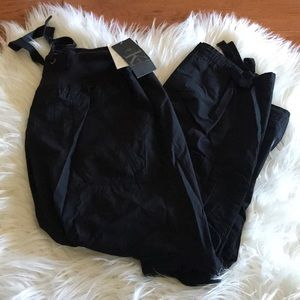 Calvin Klein Size Small Pants with side Pockets